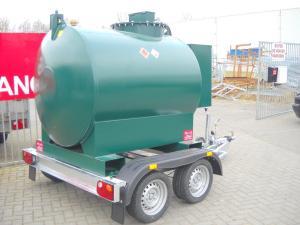aanhangwagens met vloeistoftank